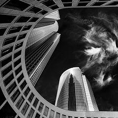 "photo ""Tower 185 Frankfurt"""
