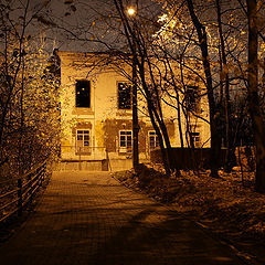 "photo ""Night. an old house"""