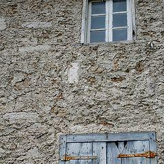 "photo ""old walls"""