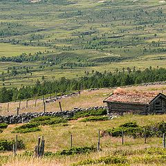 """фото """"Barn in the mountain valley"""""""