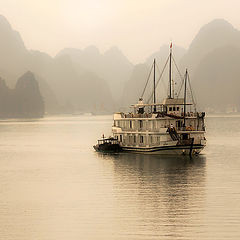 "photo ""Ha-Long bay Vietnam"""