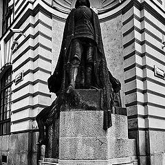 """photo """"Статуя призраки-железный человек"""""""