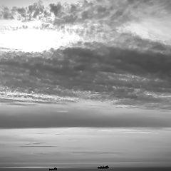 "фото ""clouds and sea"""