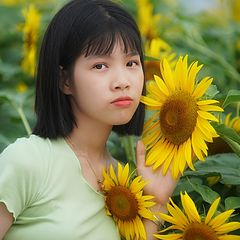 "фото ""girl and sunflower"""