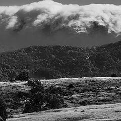 "photo ""Туман с Океана Идёт через Горы."""
