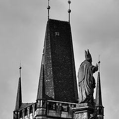 "photo ""Башня и статуя"""