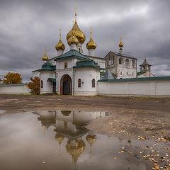 """фото """"Купола в России кроют чистым золотом, чтобы чаще Господь замечал..."""""""