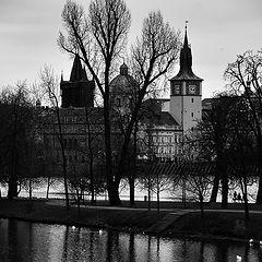 "photo ""Башни, деревья и река"""