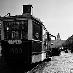 """photo """"Кафе трамвай на площади"""""""