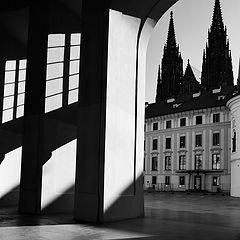 """photo """"Свет, тени и ворота"""""""