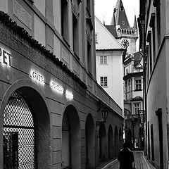 "photo ""Башня, улица и фигура"""