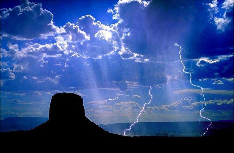 """фото """"Monument Valley, Arizona"""" метки: пейзаж, облака"""