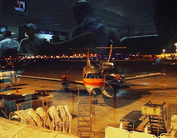 """фото """"People  and  Planes"""" метки: жанр, пейзаж, ночь"""