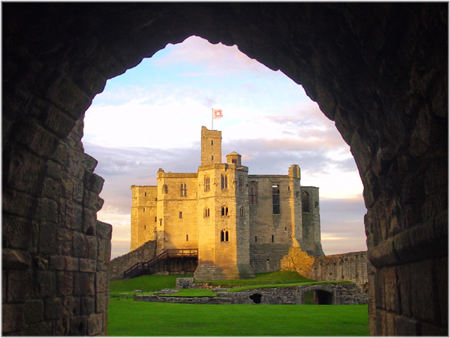 "photo ""Warkworth Castle"" tags: travel, architecture, landscape, Europe"