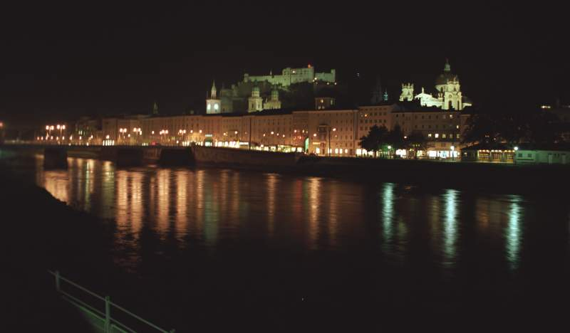 "photo ""Night in Salzburg 1"" tags: architecture, landscape, night"