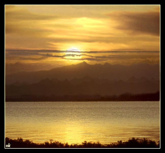 """фото """"Закат над Иссык-Кулем"""" метки: пейзаж, путешествия, Азия, закат"""