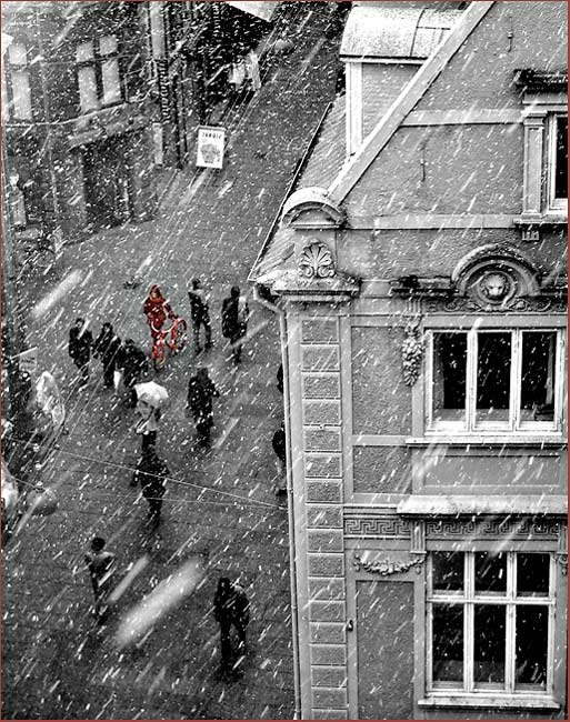 "photo ""A snowy day in Copenhagen"" tags: misc.,"