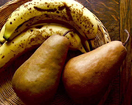 """photo """"A pair of pairs with pears"""" tags: still life,"""