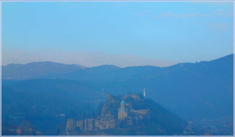 "photo ""A little a blue fog"" tags: architecture, landscape, mountains"