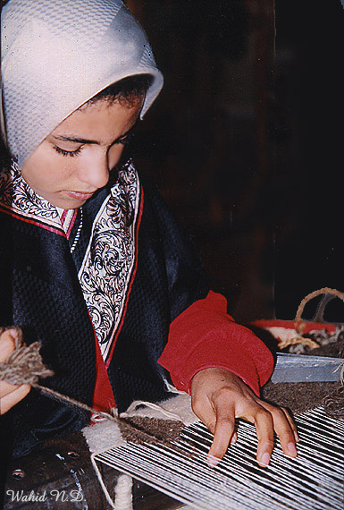 "photo ""Hand Weaver"" tags: portrait, woman"