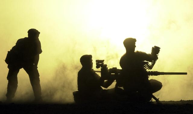 "photo ""Machine gun fire"" tags: reporting,"