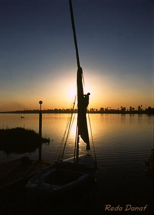 "photo ""Wrapping up the sail"" tags: travel, landscape, Africa, sunset"