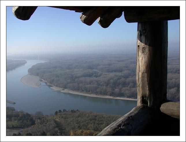 "фото ""A View to Danube River"" метки: пейзаж, лес"