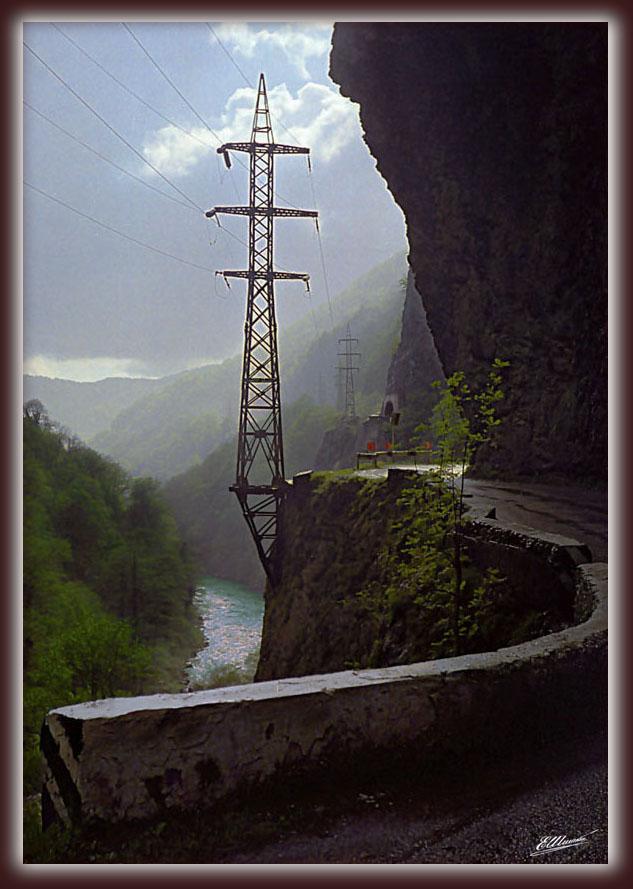 """фото """"Дорога в ущелье Ахцу"""" метки: пейзаж, горы"""