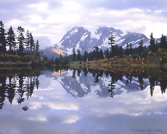 """фото """"Mt Shuksan and Picture Lake"""" метки: пейзаж, путешествия, Северная Америка, горы"""