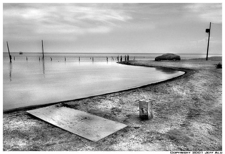 "photo ""Car"" tags: landscape, black&white, water"