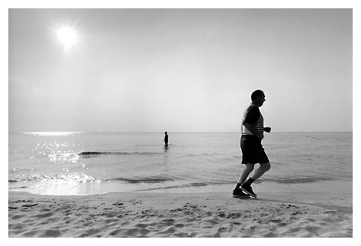 """photo """"When the sun rises..."""" tags: genre, landscape, water"""