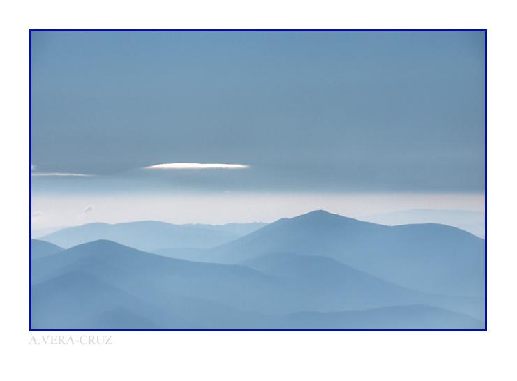 """photo """"Blues"""" tags: landscape, mountains"""