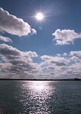 """фото """"Полдень"""" метки: пейзаж, вода, облака"""