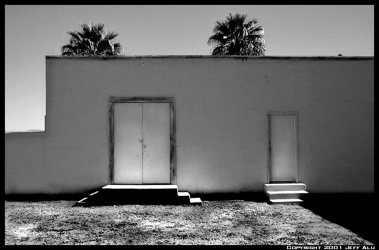 "photo ""Glow"" tags: architecture, black&white, landscape,"