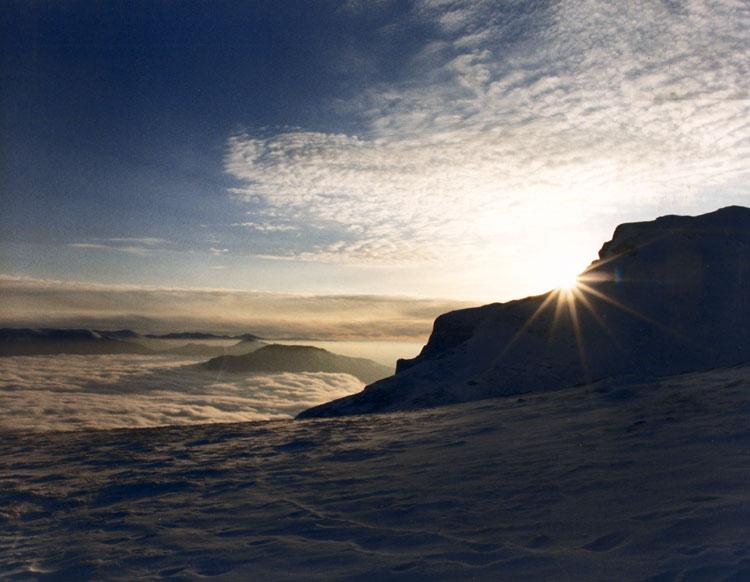 """фото """"Горы ложатся спать"""" метки: пейзаж, горы, закат"""