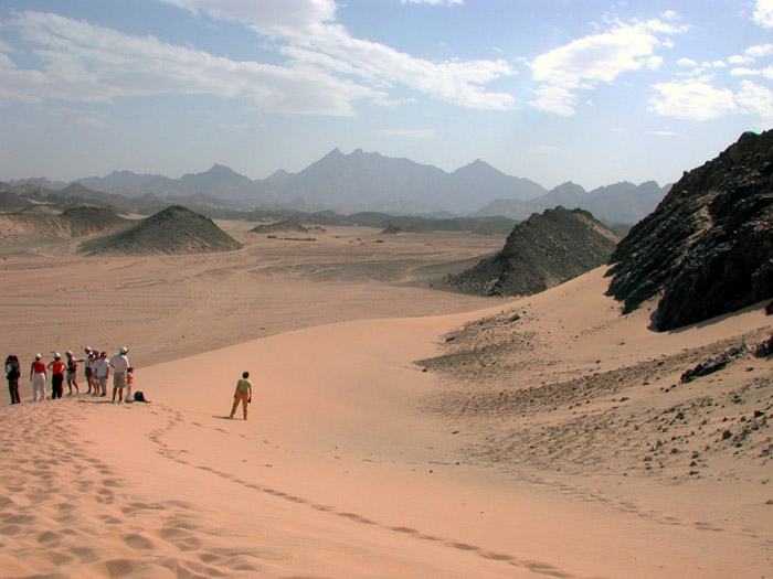 "photo """"Look, this is desert"" (Red Sea mountains)"" tags: travel, Africa"
