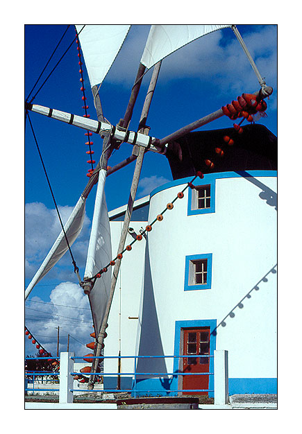 "фото ""Waiting the wind..."" метки: архитектура, пейзаж,"