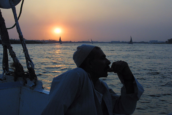 "photo ""Nile Boatman"" tags: landscape, sunset"
