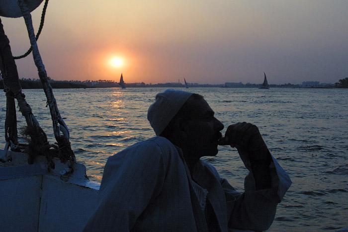 "фото ""Nile Boatman"" метки: пейзаж, закат"