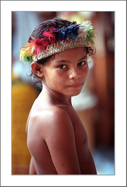 "photo ""Red Crown"" tags: portrait, travel, South America, children"