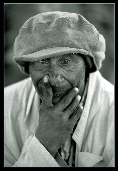 "photo ""Darwin"" tags: portrait, man"