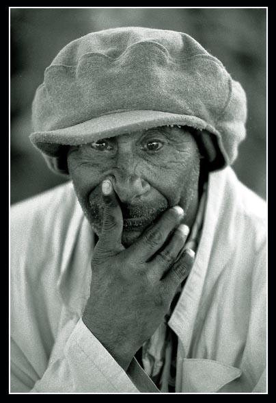"photo ""Darwin"" tags: portrait, man"
