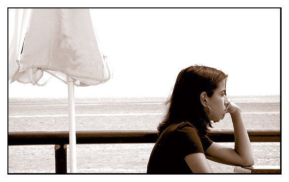 "photo ""girl by the sea"" tags: portrait, woman"