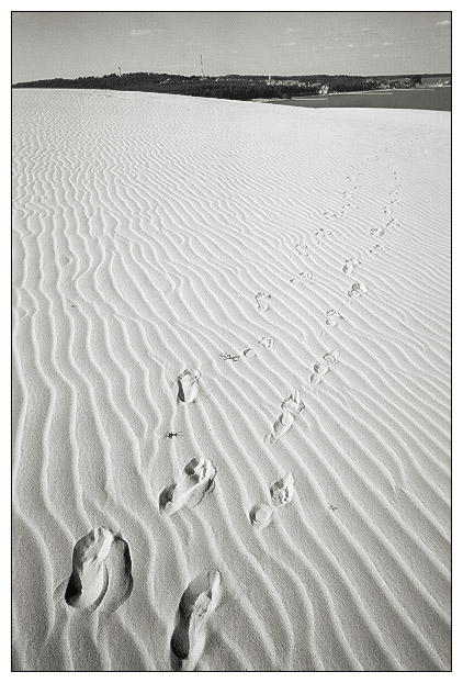 "photo ""Footprint in the sand"" tags: landscape, summer"