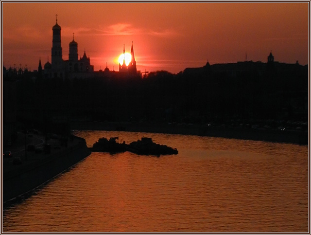 "photo ""Purple... -2 (Repost)"" tags: landscape, architecture, sunset"