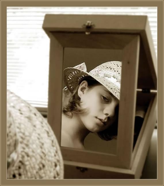 """фото """"За стеклом..."""" метки: портрет, женщина"""