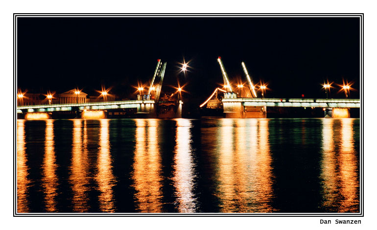 "photo ""The divorced bridges"" tags: architecture, landscape, night"