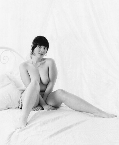 "photo ""Awaiting"" tags: portrait, nude, woman"
