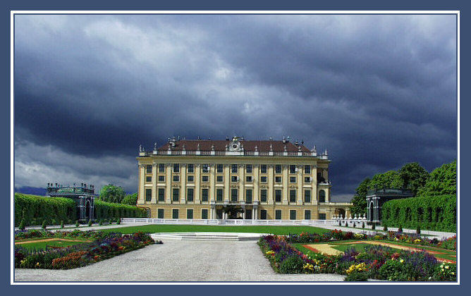 "photo ""Schonbrunn. Before a thunder-storm"" tags: travel, architecture, landscape, Europe"