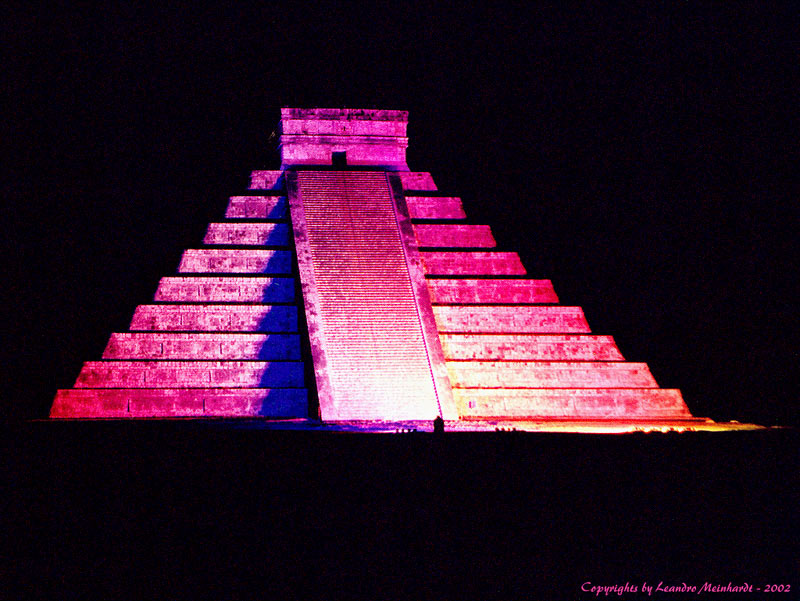 "photo ""Chichén-Itzá Night Show"" tags: travel, architecture, landscape, South America"